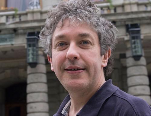 Modos Criativos de Escrever sobre Teatro – Com Mark Fisher (Reino Unido)